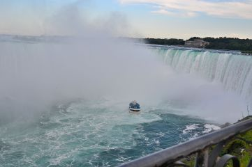 Maid of the Mist taking tourists to the bottom of the falls