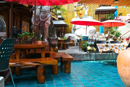 Outdoor restaurant. (c) Krystal S.